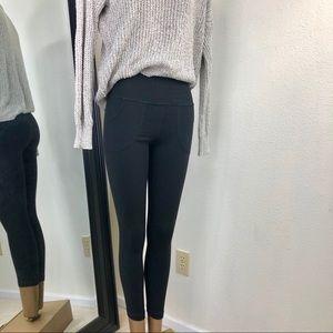 Lululemon Skinny Black Will Pants Sz.4